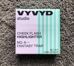 Novo! VYVYD studio – Cheeck Flash Highlighter