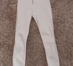 Zara visoki stuk bijele traperice