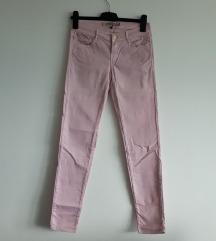 Zara roza uske traperice nosene 2-3puta