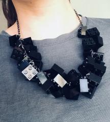 JUMPS ogrlica od lego kockica
