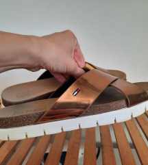 Hilfiger natikače sandale