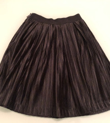 Reserved crna suknja 34