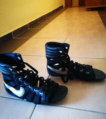 Sandale Nike 38