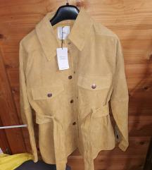 Kožna jakna sa džepovima