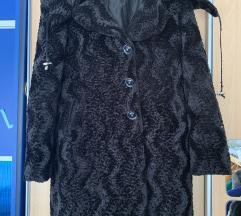 Crna zimska bunda