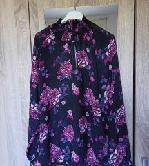 Cvjetna bluzica 44