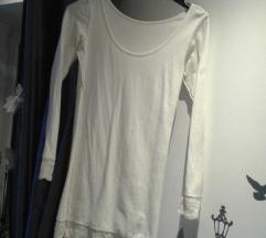 Bijela uska haljina sa cipkom