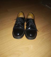 Dr martens čizme.