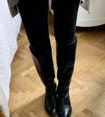 Crne čizme do koljena od prave kože