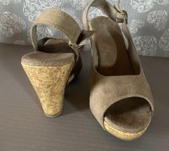 Nove sandale na debelu petu