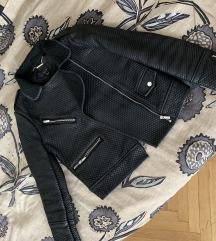 Prodajem kožnu jaknu 2 put nošena