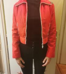 Crvena crop jakna