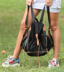 Predivni svileni HM ruksak!
