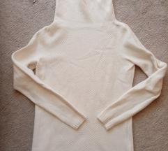 Bijela vunena majica