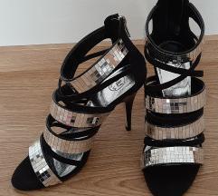 Sandale s visokom petom