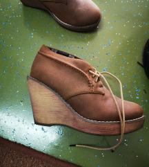 Cipelice/cizme na punu petu