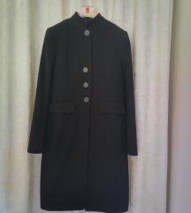 elegantni uski kaput