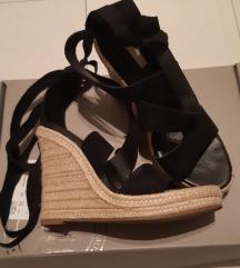 Kožne sandale na vezanje,platforme