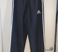 Adidas donji dio trenerke