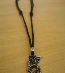 Podesiva ogrlica s privjeskom zmaja