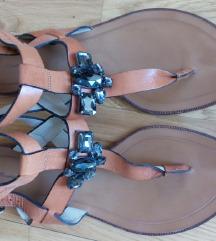 Massimo Dutti ravne sandale 39