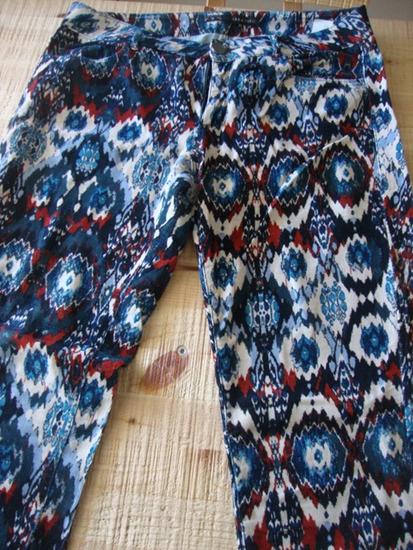 Samtene hlače Zara vel. M