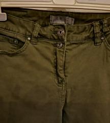 Zelene pamučne hlače vel 38