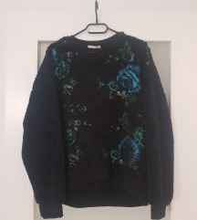 Zara sweatshirt čupavi