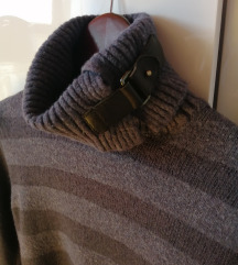 Sisley pulover na pruge S/M