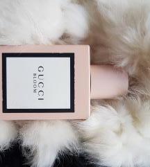 Gucci bloom parfem