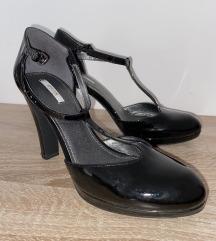 Geox lakirane cipele s poluvisokom petom