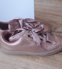 Puma Basket Heart Cooper rose