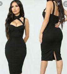 Fashionnova nenosena crna haljina:)💫