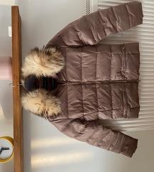 Kratka zimska jakna s pravim krznom