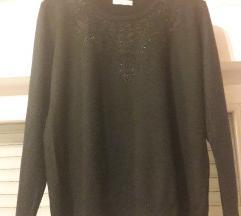 Crni pulover sa uzorkom 40