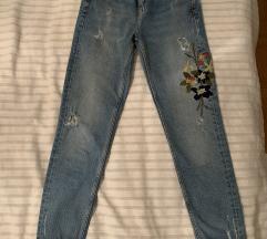 Cvijetne hlače