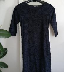 Tamnoplava haljina + naušnice