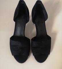 H&M crne cipele sandale