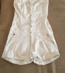 Komplet kratke hlače i majica spojeno