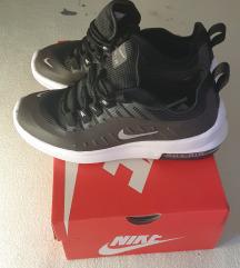 Nove Nike Air Max Axis