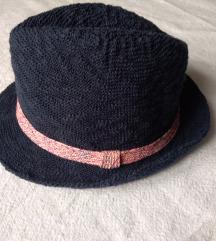 Zara šešir za djevojčice 146