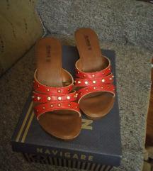 Nove papuče, 38