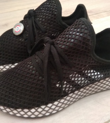 Adidas deerupt (rezz do 1.8)