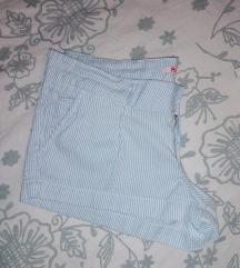 Prugaste hlačice