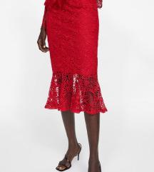 Zara crvena čipkasta suknja