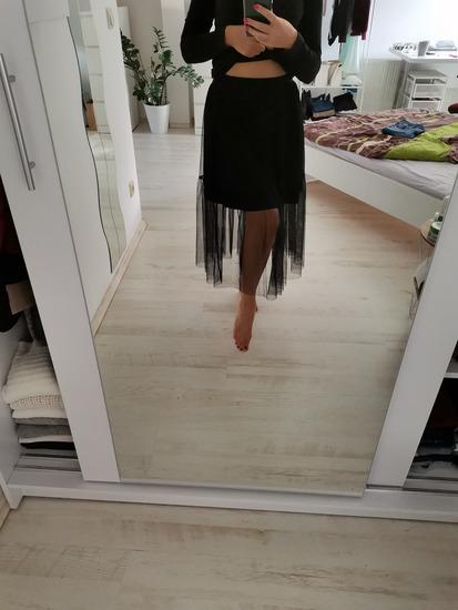 Crna til suknja