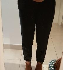 Nove crne paperbag hlače