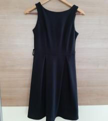 HITNO! Crna haljina