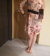 Roza haljina na jedan rukav