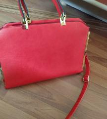 PREKRASNA crvena torba